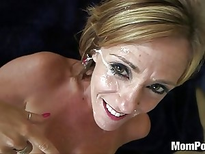 44 yr old big tits cougar takes facial
