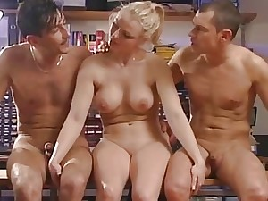 Big-chested unexperienced girlfriend ass fucking 3 way with facia