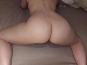 Mature Wifey Flaunts Sexy Ass