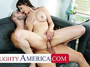 Super-naughty America - Lexi Luna gets some big cock