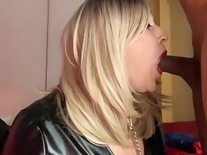 Jenyfer, trans escort, French shemale, super-fucking-hot suceuse